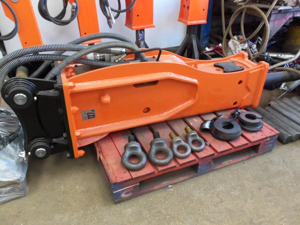 WBP 700  (TO FIT 13T EXCAVATOR)